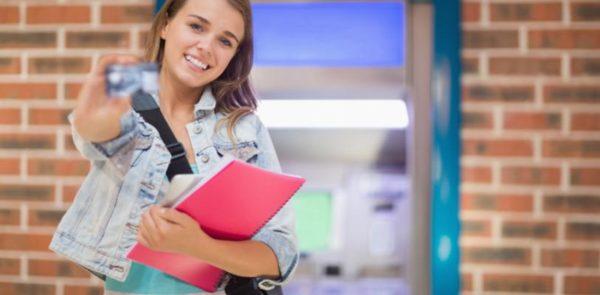 Como Usar Carteirinha de Estudante no Exterior (foto: internet)