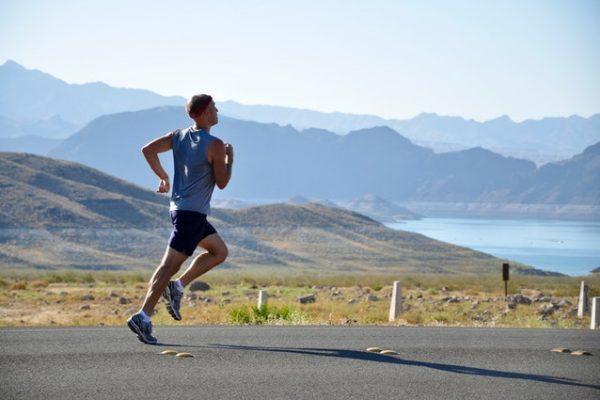 Como se manter em forma na estrada