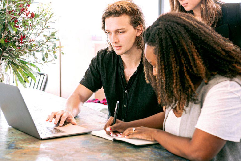 Como criar um novo negócio digital dentro de uma grande organização